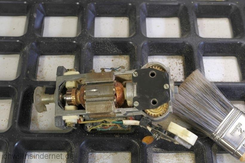 AKA RG28S: ungereinigter Motor