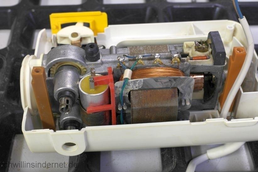 AKA RG28S: eingebauter Motor