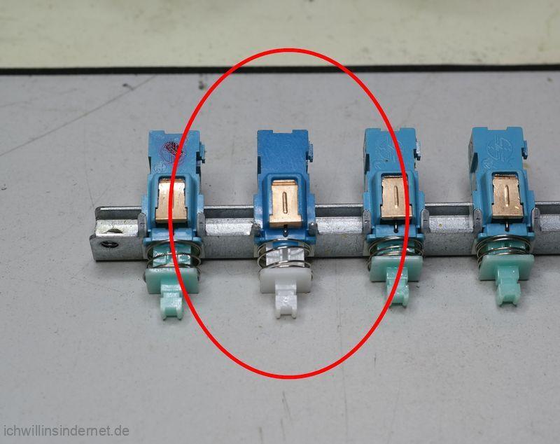 Ausgebaute Schalterleiste