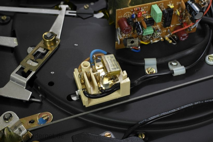 Dual 621: Entstörkondensator im Netzschalter