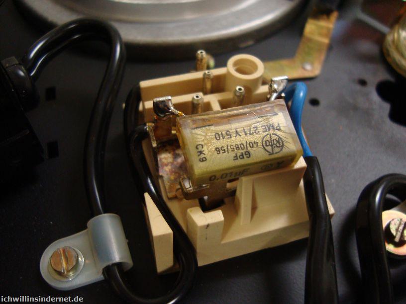 Dual 704: alter Endstörkondensator im Netzschalter