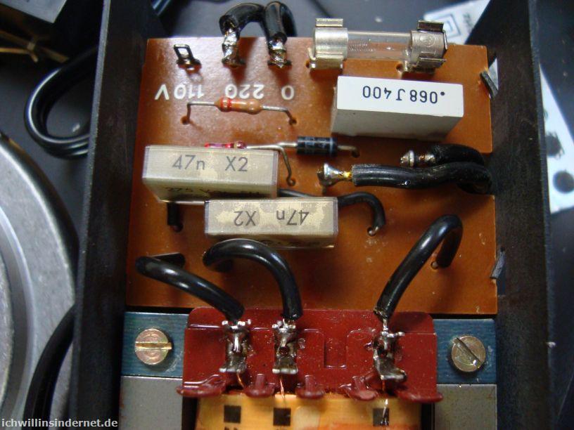 Dual 704: neue Endstörkondensatoren im Netzteil