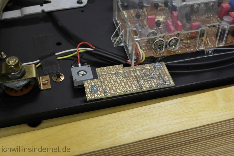 LED Stroboskop: Platine eingebaut