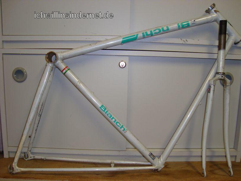 Altes Rennrad: Rahmen im Originalzustand