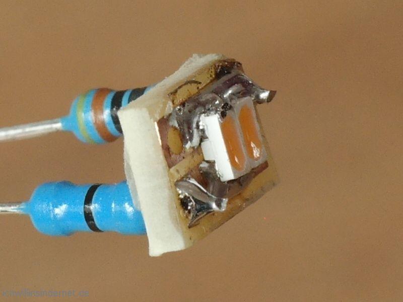 Umbau auf LED Beleuchtung Platine mit LED und Widerstand