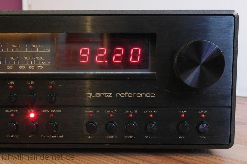 schwarzer Saba 9260: Frequenzanzeige